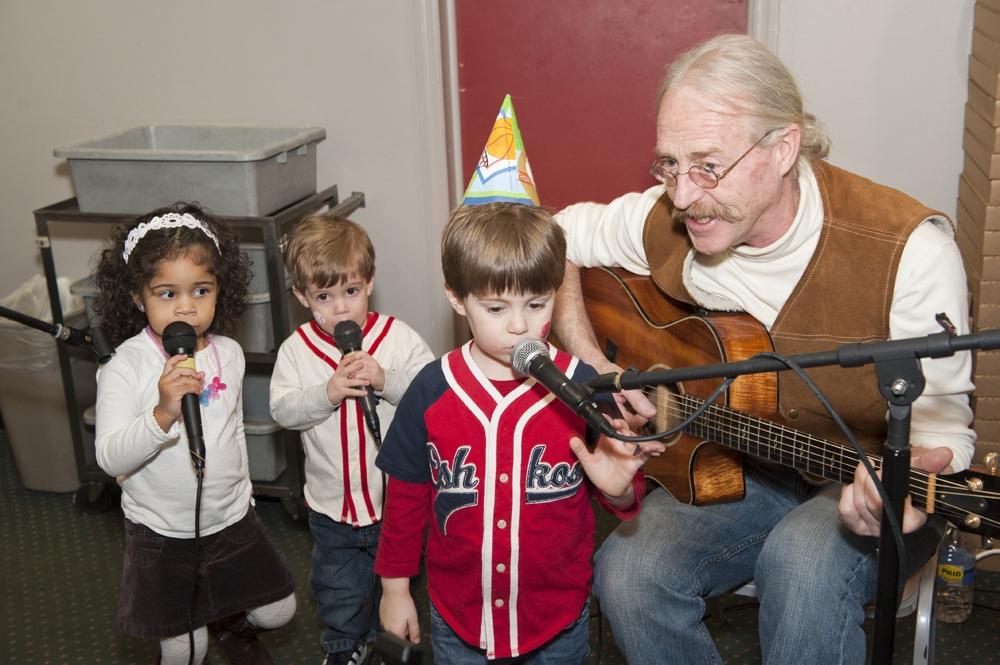 Birthday Photography - Singing Music