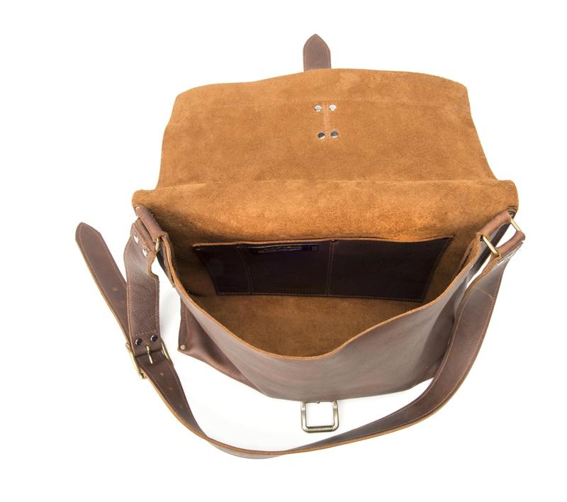 Product Photography - Robert Mason Leather Bag Open