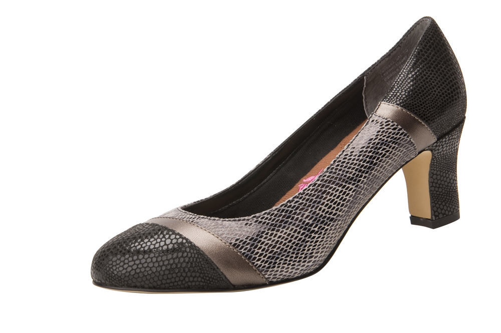 Columbus Ohio Product Photography - Shoes black snake pattern heel