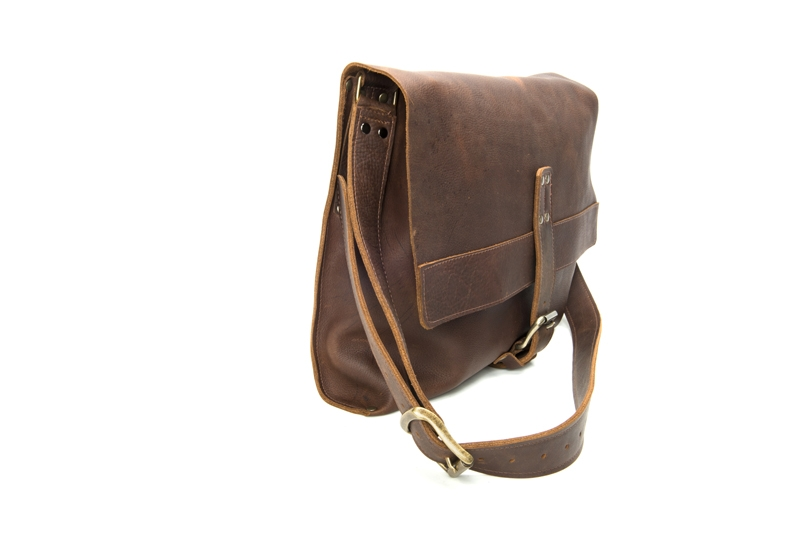 Columbus Ohio Product Photography - Robert Mason Leather messenger bag brown