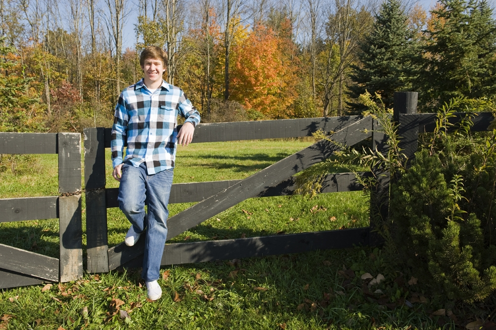 Senior Pictures - Outdoor - Fence Woods