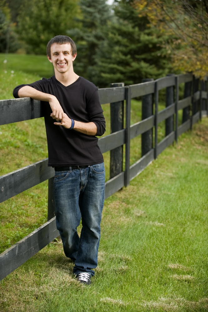 Senior Pictures - Outdoor Fence Pasture